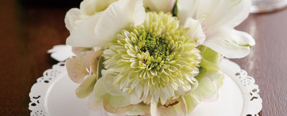 花にエンジェルのホワイト色を使用